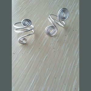 Jewelry - Expandable ring swirl